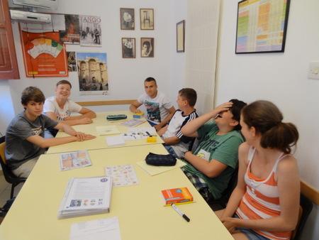 Cursos de Español para jóvenes in Granada